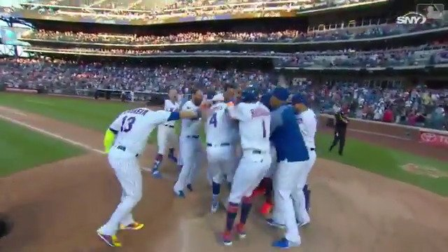 #Walkoff Wilmer at it AGAIN. https://t.co/mKh1p07wWb