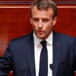 Macron Twitter Photo