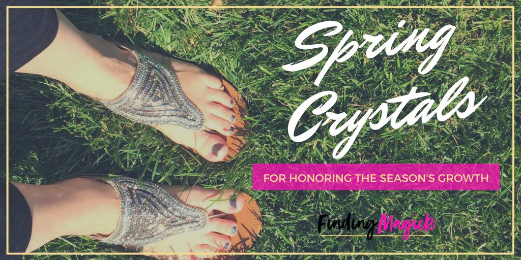 Spring Crystals to Honor the Seasons Growth: findingmagick.com/spring-crystal… #crystals #gemstones #stones #crystalhealing #spring #nature #ostara #springequinox #vernalequinox #happyspring #easter