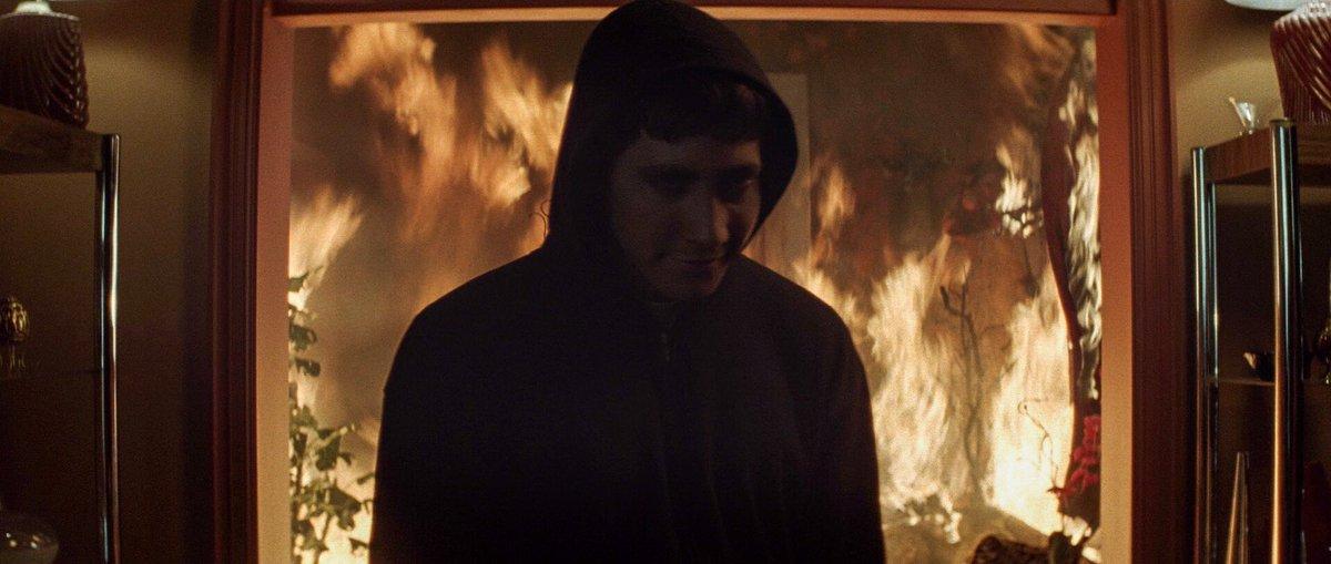 "Cinematic Artistry on Twitter: ""Donnie Darko (2001) Director: Richard Kelly  Cinematographer: Steven Poster… """