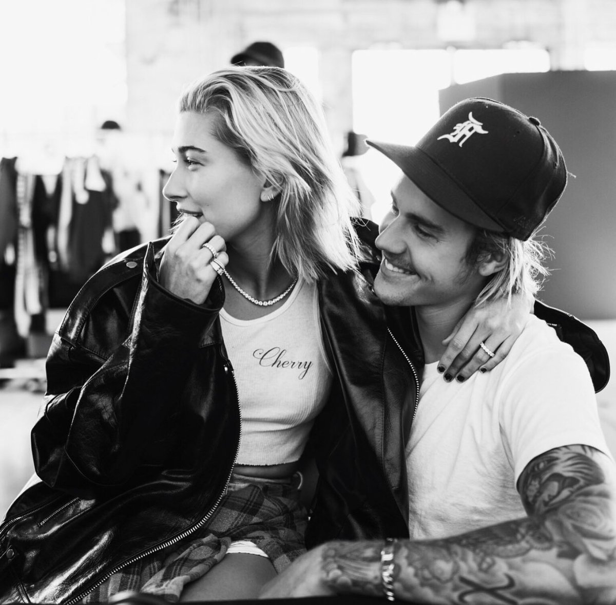 Justin Bieber and Hailey Baldwin reunion is now complete after an intense make out session in a Brooklyn park which looks like its straight out of a