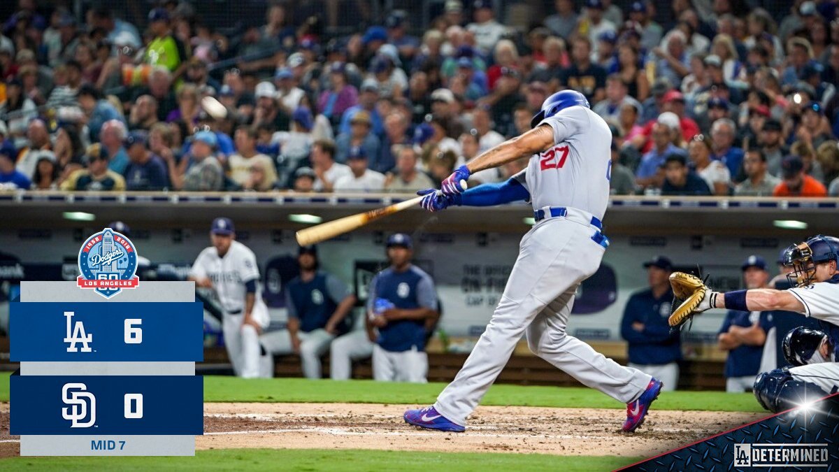 .@maxmuncy9 scores on a @TheRealMattKemp sac-fly to add one for the #Dodgers. #VoteMuncy https://t.co/zFaRckfgDW