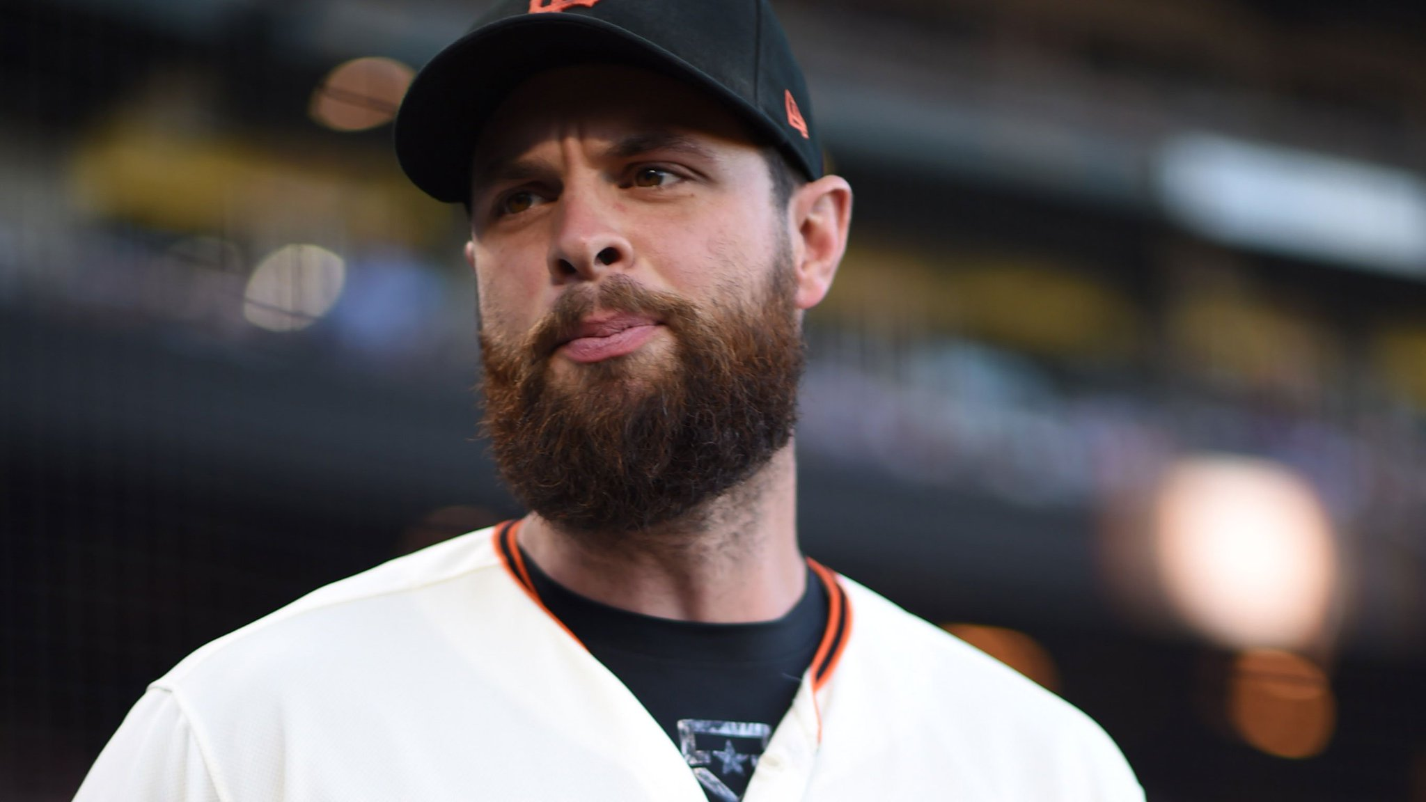 Tie game. Bottom of the 9th.  Coming up: McCutchen Belt Crawford   #SFGiants https://t.co/HnllpTA6n5