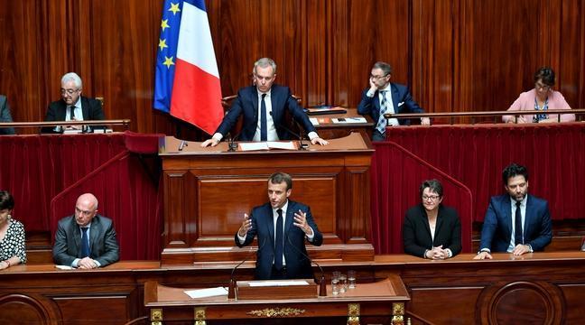 Emmanuel Macron maintient le cap devant le Congrès réuni à Versailles Foto