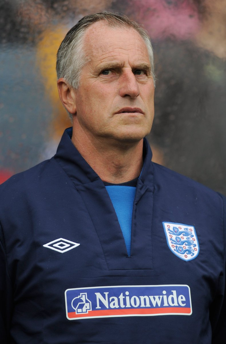 NOW: Football First on @talkSPORT2 🏴 Former @England goalkeeper @RayClem1 previews the semi-final 🏆 #BEL vs #FRA preview 🦁 @hughwizzy with the latest from Russia Join @Coytey & @kevinhatchard on DAB, via the app or online at tlks.pt/2ListenLive 🎙📻📱