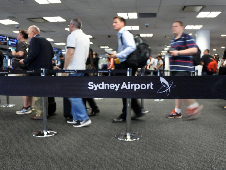 身分証いらないです! シドニー国際空港が、ID代わりの顔認証をテスト導入 #飛行機 #ニュース #テクノロジー #海外 https://t.co/jsArG8CLpm