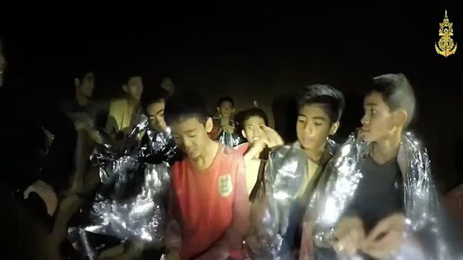All 12 boys and their football coach are out of the caves �� https://t.co/y3pwQYfkNq #ThaiCaveRescue https://t.co/HenzmsjoDc