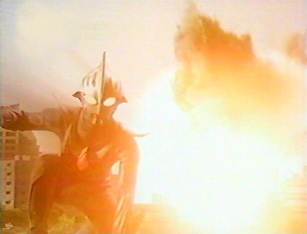 #ウルトラマンの日  #ウルトラマンの日を全力で祝う人RT  #ウルトラマンギンガ5周年  52年間感動と興奮ありがとう😆💕 これからもよろしく! そしてテレ東のウルトラマン最初 にて放送されたウルトラマンギンガ 5周年おめでとう🎉