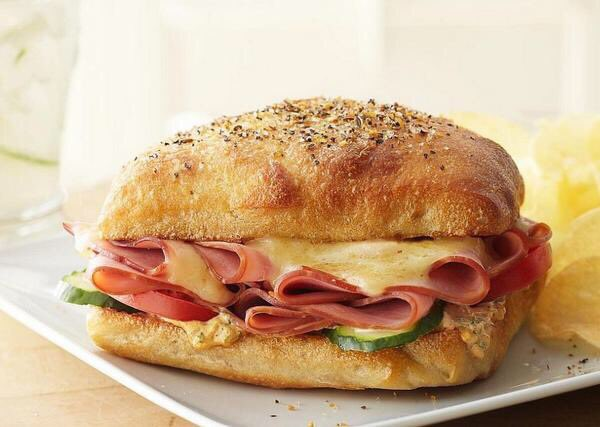 @FoodOverload_: Ham and Cheese Sandwich  #Food #FoodPorn #Photography https://t.co/zzsjCeIzf5