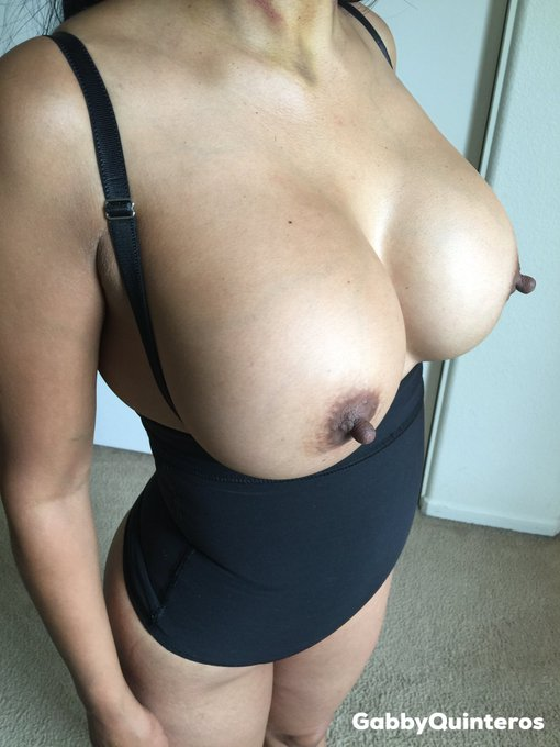 #TittyTuesday   RT if you like it https://t.co/gZaPVqU8G1