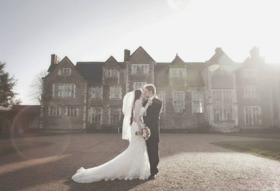 RT @goth_chick33 @LoseleyPark @Loseleyevents @caperandberry Be #inspired then #BOOK! The #BEST #WeddingVenue in the #World! Will ALWAYS love @LoseleyPark (Photo credit #LilybeanPhotography)