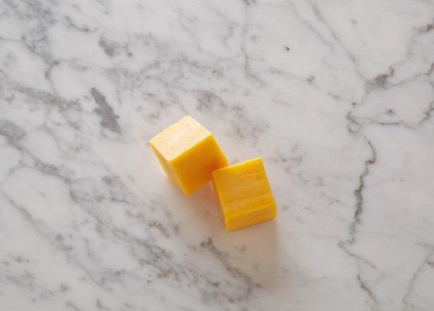 Сыр чеддар - 60 грамм