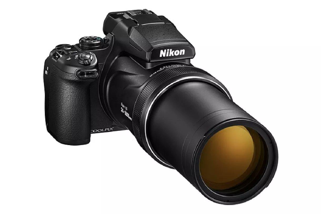 новинки в мире фотоаппаратов сегодня самым распространённым