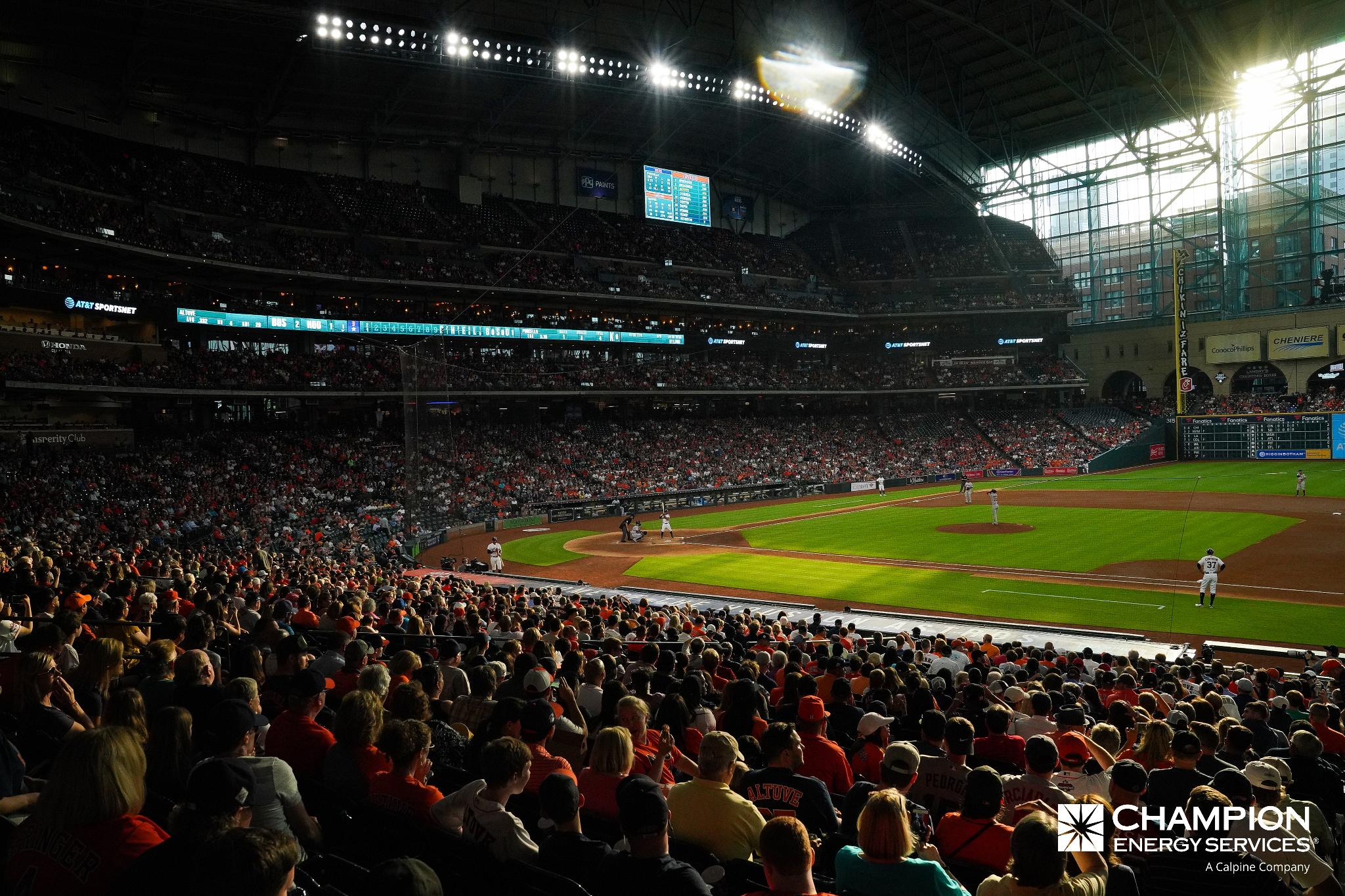 Tonight's @ChampionEnergy Roof Report: CLOSED  Details and gate info: https://t.co/IoC5gEZlYD https://t.co/TfEwkDzzGy