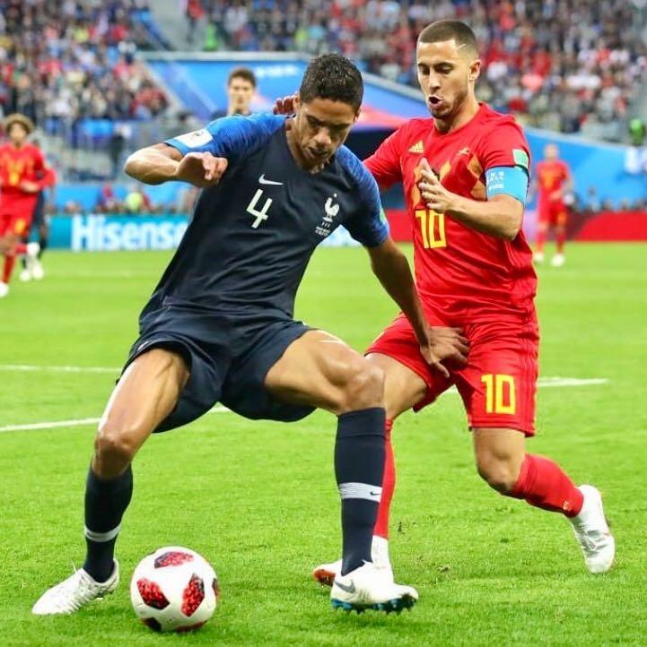 Francia 1-0 Bélgica �� @raphaelvarane �� ¡A la Final! #WorldCup | #HalaMadrid https://t.co/NfJyjPoXoV