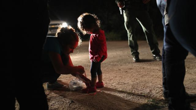 JUST IN: Border officials may have taken child of US citizen into custody https://t.co/5FxIuTzjZp https://t.co/IQ35Jg7j0N