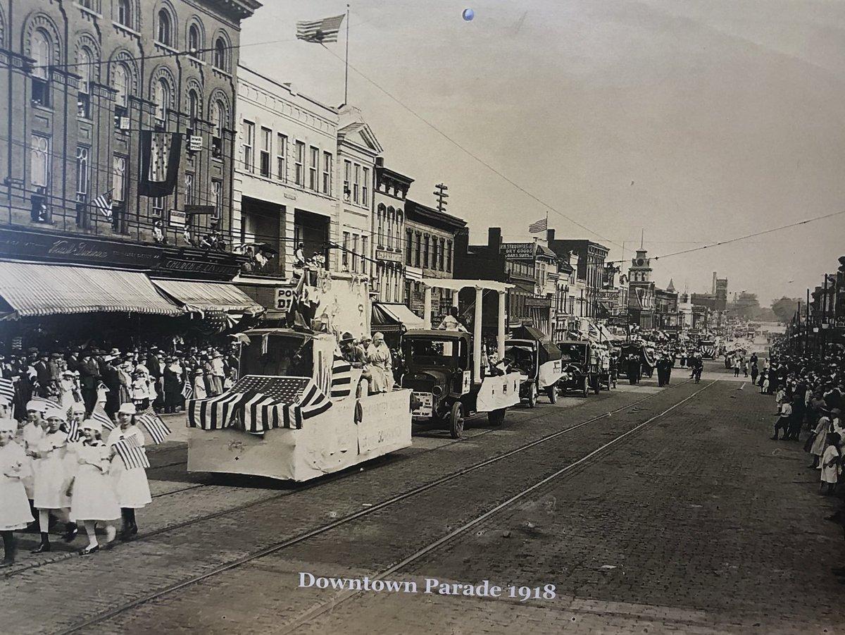 1918 : Pontiac Centennial Parade