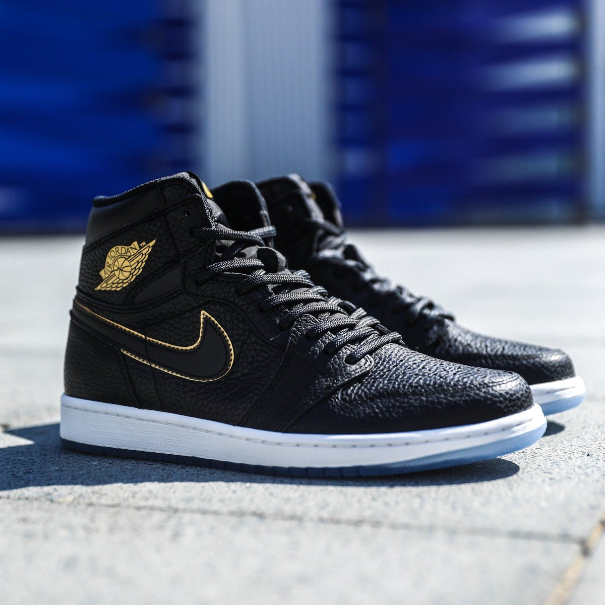 info for 7856c 92318 50% OFF + FREE shipping on the Air Jordan 1 High Retro