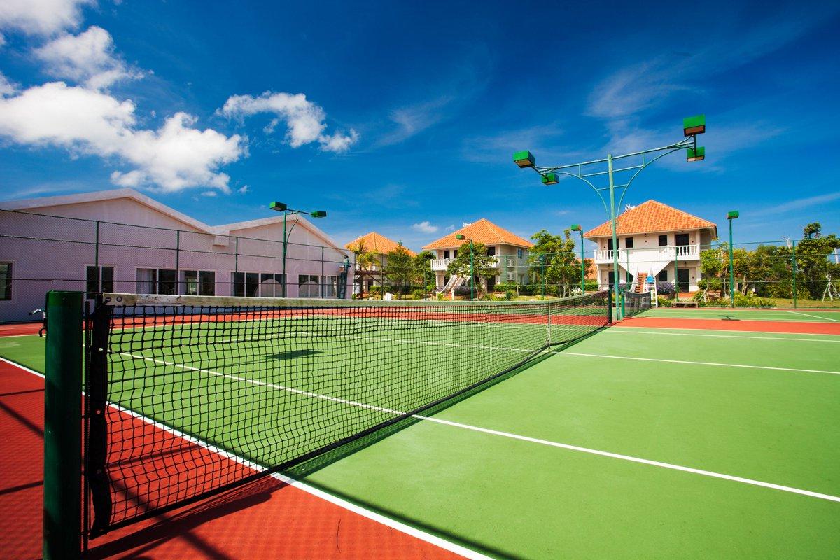 Tennis court in Mercury Phu Quoc Resrort https://t.co/rJkKMJJonh