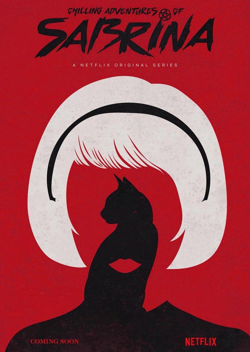 Netflix показал постер нового сериала про Сабрину. На первом плане стоит самое важное — кот
