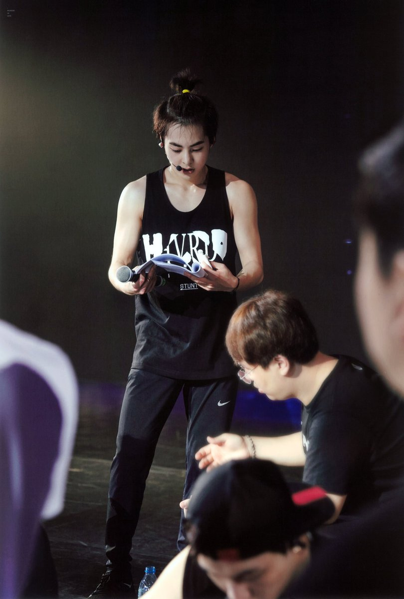 Xiumin Pics You On Twitter Ponytail Seok Moment In Love