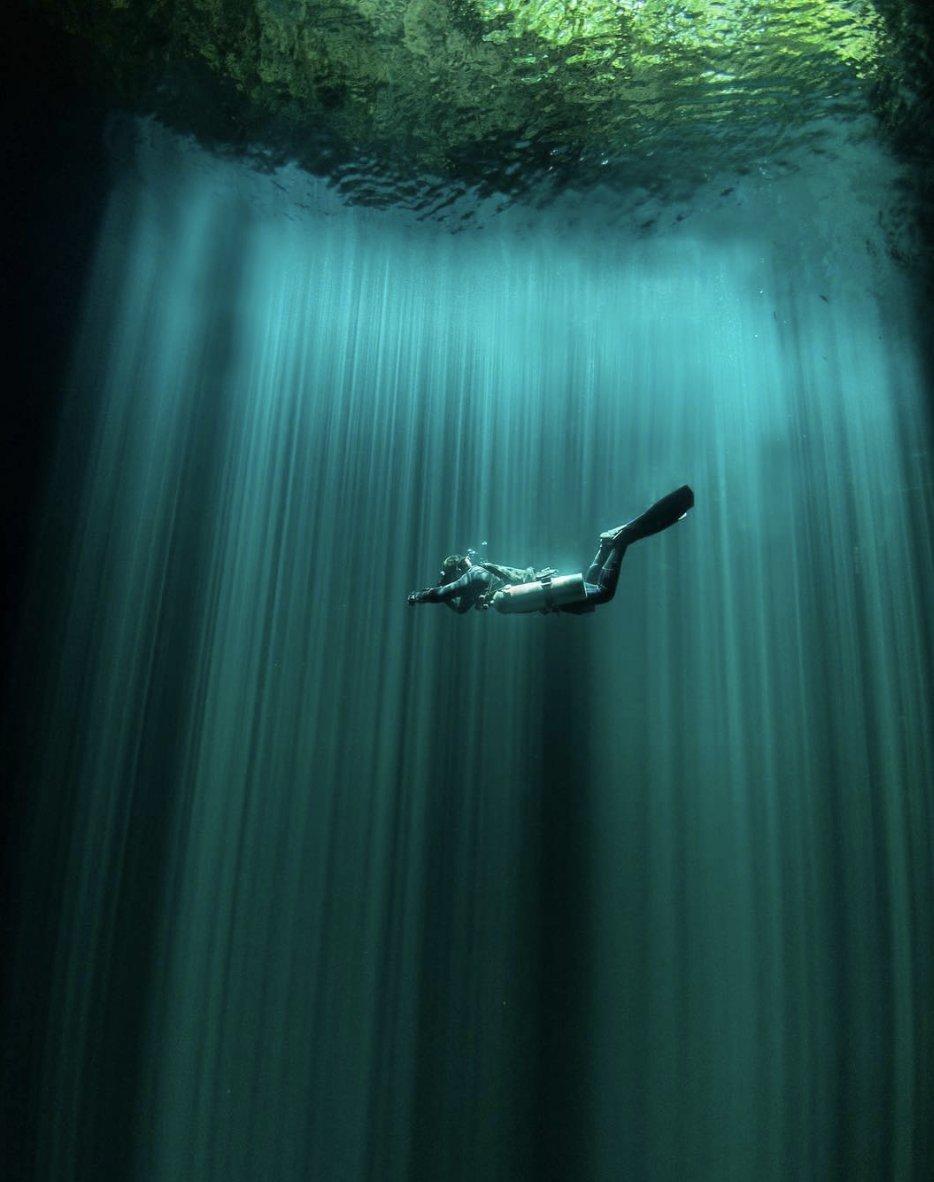 Descubre experiencias increíbles en el Caribe mexicano.🔥  📍 Cenote dos Ojos https://t.co/YLnwcRoany