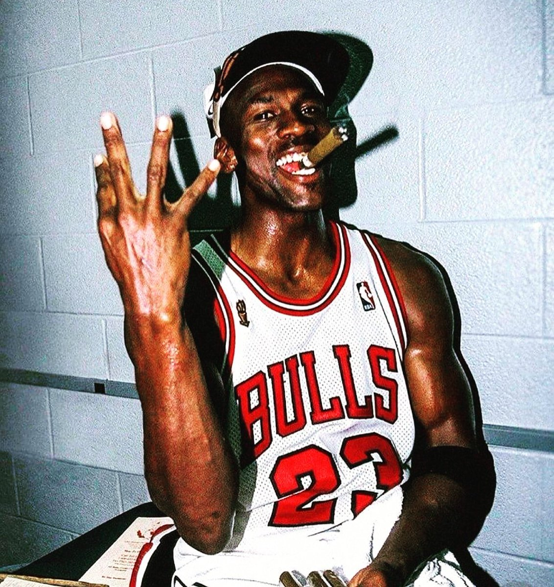 """MrCigarEnthusiast on Twitter: """"The G.O.A.T. savoring that victory with a  stogie. 💨👌 #cigar #cigars #cigaraficionado #cigaraddict #cigarsmoker  #cigarlife #MichaelJordan #mj23 #thegoat https://t.co/cslQ1pLpsO"""" / Twitter"""