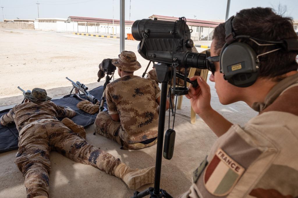 جهود التحالف الدولي لتدريب وتاهيل وحدات الجيش العراقي .......متجدد - صفحة 3 Di2Zx_hUcAAKTcW