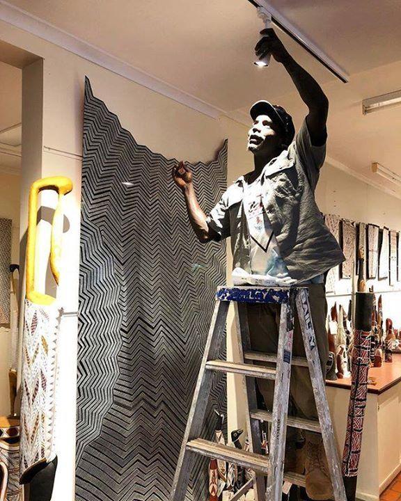 Lenny lighting up Buku and lighting up our world. #artsworker #yolngupower #light #gallery https://ift.tt/2uIseFGpic.twitter.com/UI6FeVxr2F