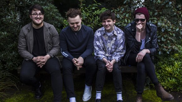 Do you like good indie music and free gigs? Of course you do. You can see @vistasmusic at Sebright Arms, Bethnal Green on Thursday if you follow the link below. dice.fm/event/good-kar…