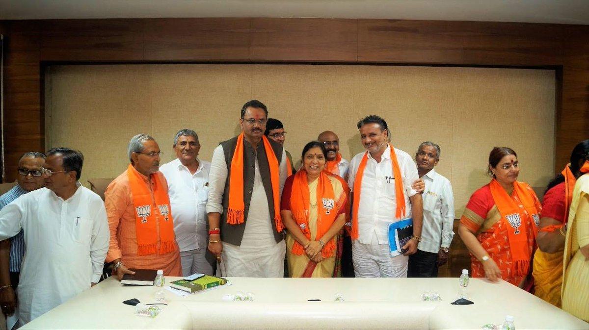 Former Kheralu MLA Remilaben Desai quits Congress, rejoins BJP