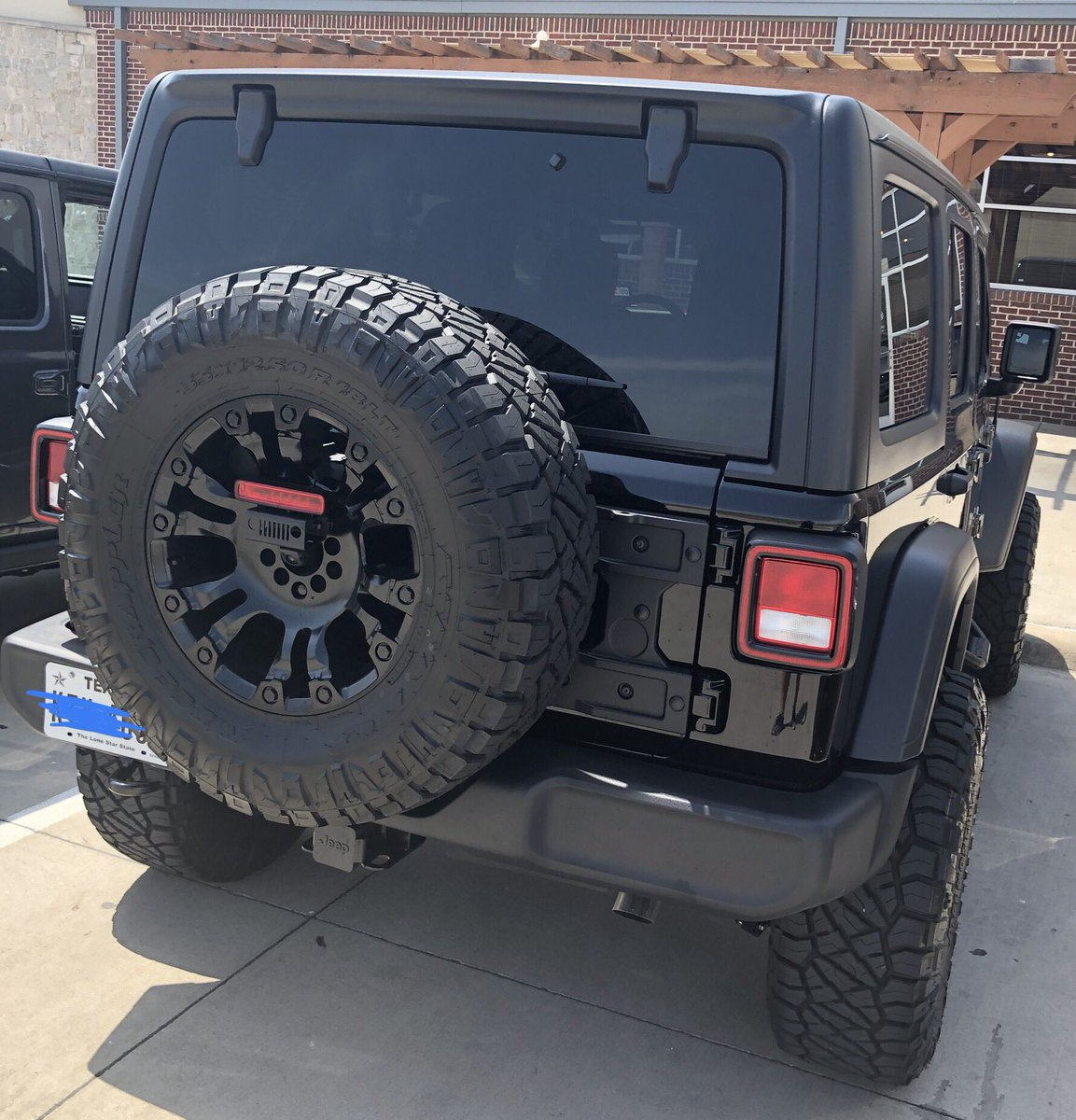 2018 JLU With 2 Mopar Lift Fuel Wheels And 35 Tires Jeprapp Jeep Offroad Lifted 4x4