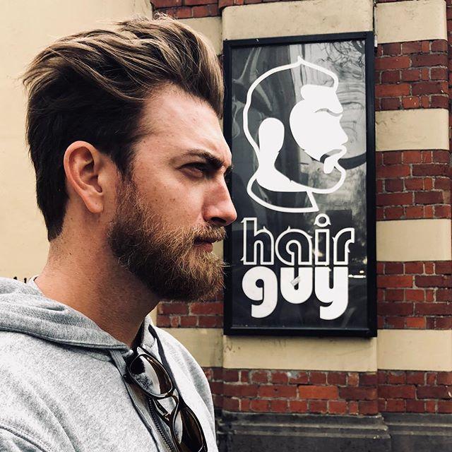 """Rhett McLaughlin on Twitter: """"Don't mind me. I'm just the hair guy.  https://t.co/sXYFUfT3K6… """""""