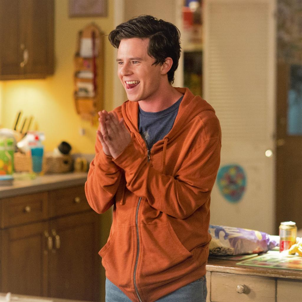 Put your hands together for an encore of #TheMiddle! 👏 Come visit Orson tonight at 8|7c!