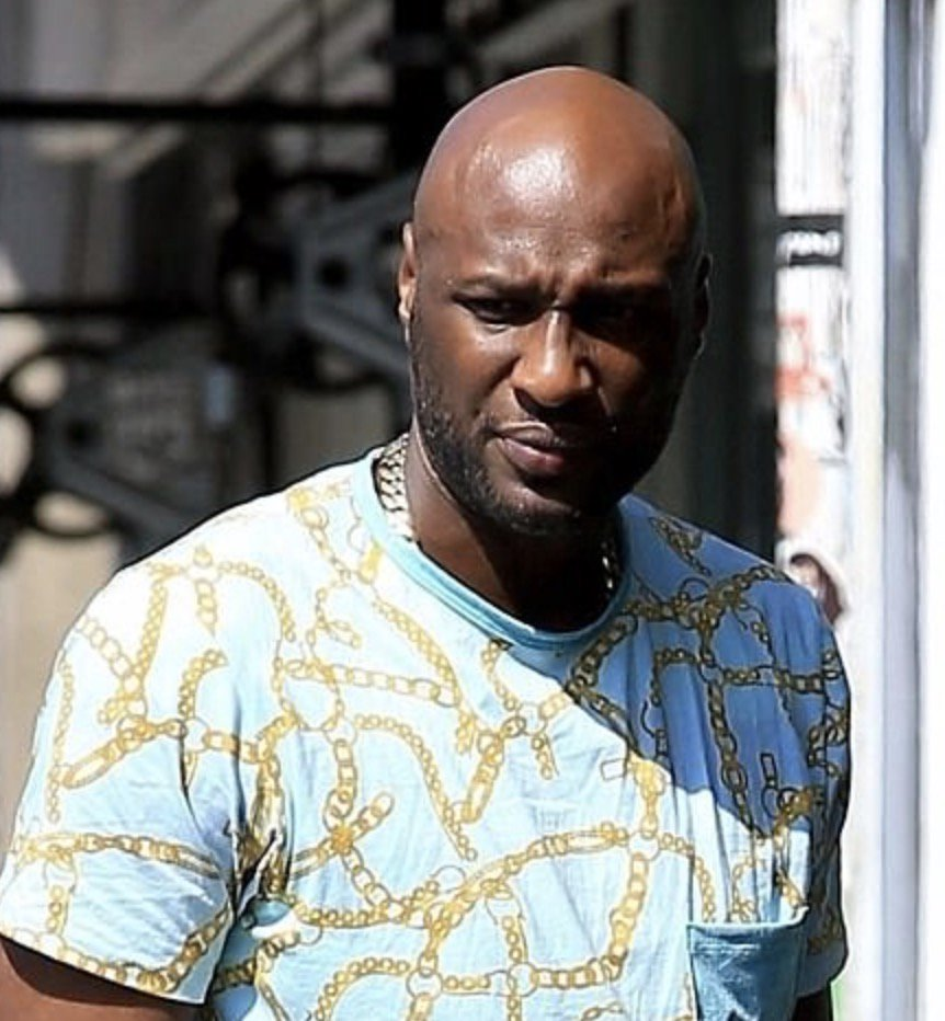 Details on Lamar Odom Being Shot at After an Altercation at Hooters in Queens https://t.co/toYUcxEkJV https://t.co/4FIaZ46oHv