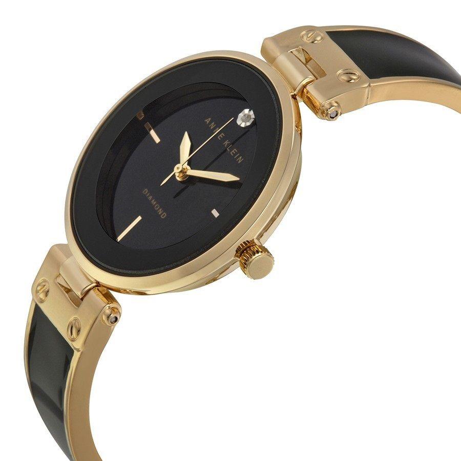 Американский бренд anne klein, входящий в десятку популярных дизайнерских марок, является престижным и узнаваемым, выпускает наручные часы, среди которых можно подобрать модель как для повседневного использования, так и для торжественных случаев.