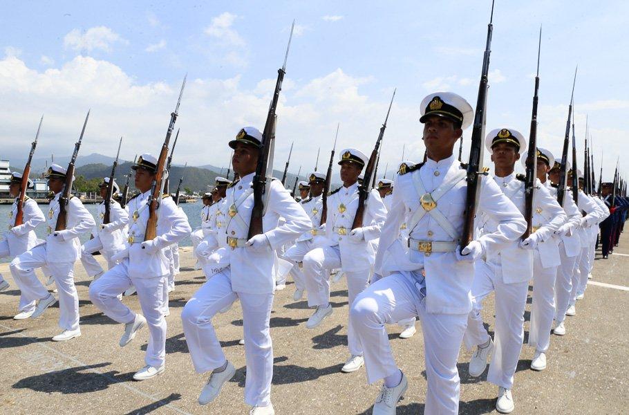 Armada Bolivariana - Página 4 Di5peA8W0AEYwCL