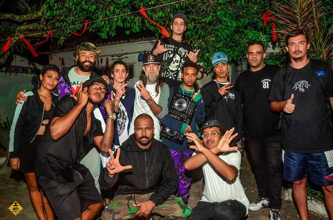 Agradecido a todos que compareceram e fizeram essa noite maravilhosa acontecer.   : @agorabateu027  . #originalsant #rapnacional #mcsant #rapes #raprj #vvar   #barradojucu #artesoma #arte #cultura #hiphop #zonanorte #ritmoepoesia #rapnacional #rapbox #rapbrasil #hiphopnationpic.twitter.com/FnzcaiHFpL