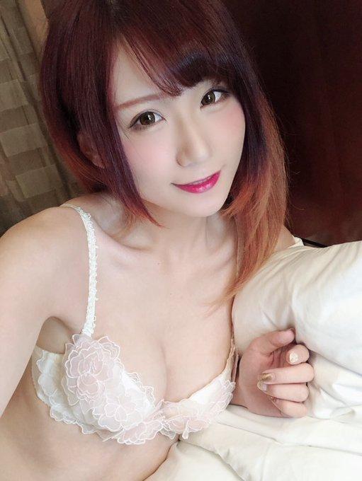 コスプレイヤー莉酱LusiaのTwitter自撮りエロ画像51