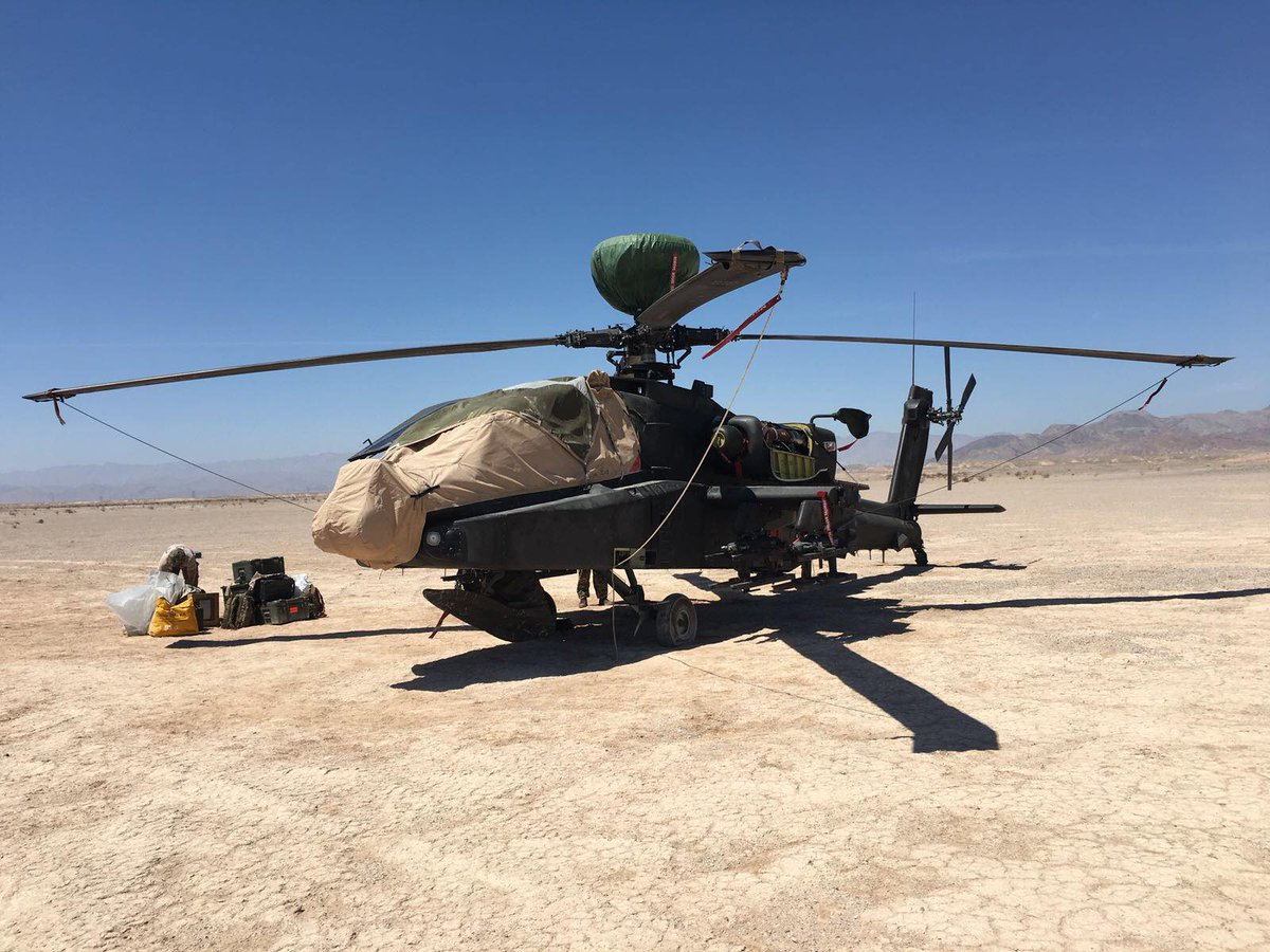 Soldiers From 7 Aviation Support Battalion REME Spring Into Action When A Helicopter Had To Land In The Sonoran Desert Diagnosing Fault