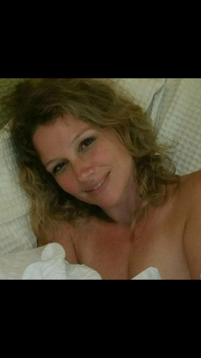 Big juggs wife nude
