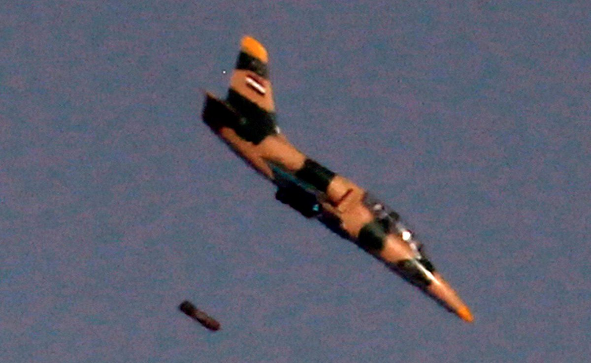 المسابقه الرمضانيه: الطائره Aero L-39 Albatros الخفيفه  Di90scqXgAc6Y_K
