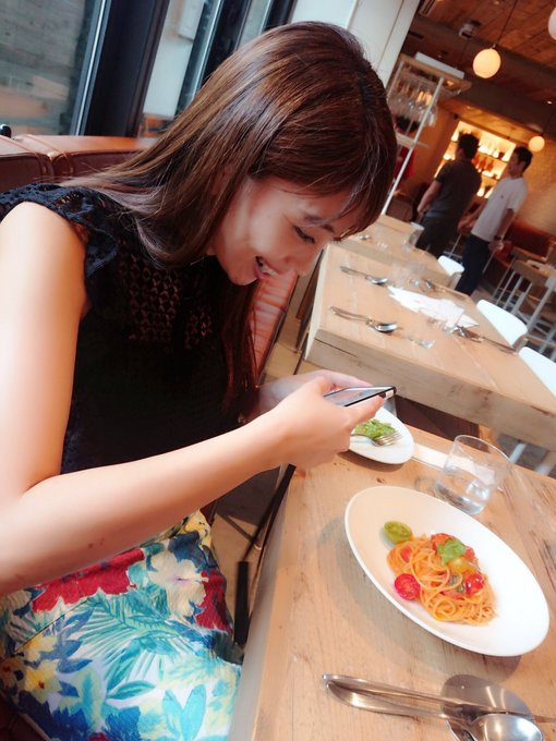 グラビアアイドル森咲智美のTwitter自撮りエロ画像1