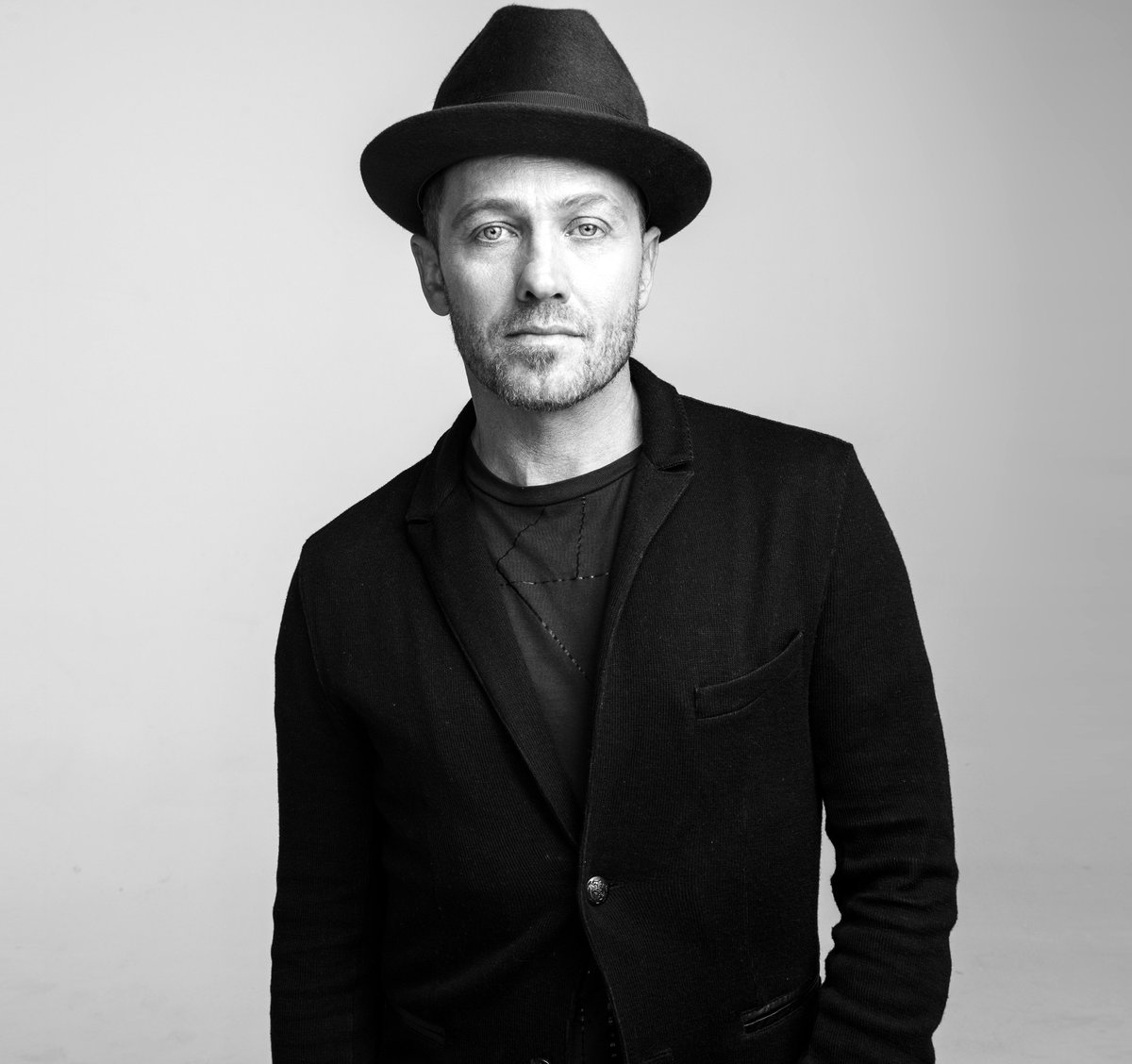tobymac paper His stage name is 'toby mac' he got the nickname toby before he was born from his older brother mac is just a shortened version on his last name, mckeehan toby mac is now forty-three years old, but his career is still going strong.