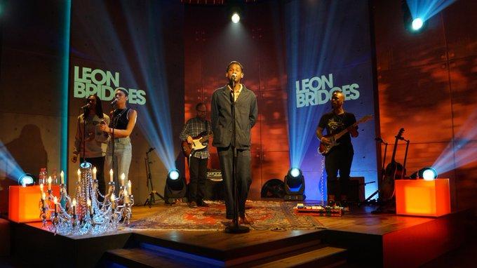 Happy Birthday, Leon Bridges ! 29 wird er heute - und singt an seinem Geburtstag für uns auf der #aspekte-Bühne. Gleich, ab : #LeonBridges mit Beyond aus seinem aktuellen Album Good Thing! Foto