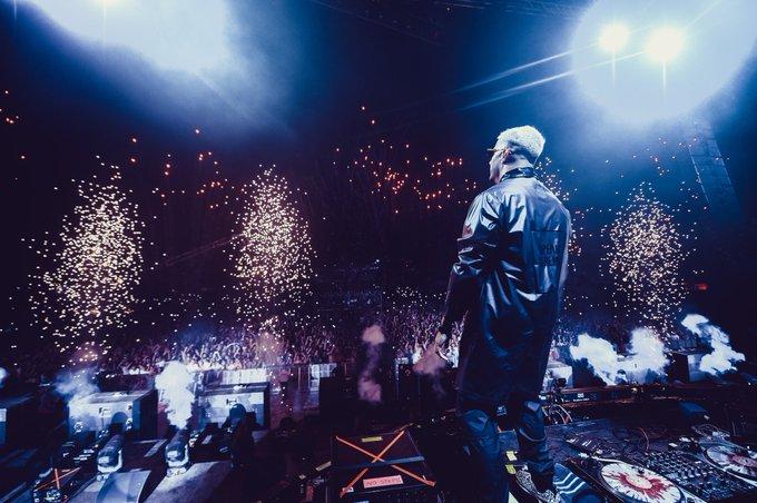 Comme d'habitude @djsnake a mis le feu lors de son set 💥 Ici à l'@electrobeach 🎊 #EMF2018 Photo