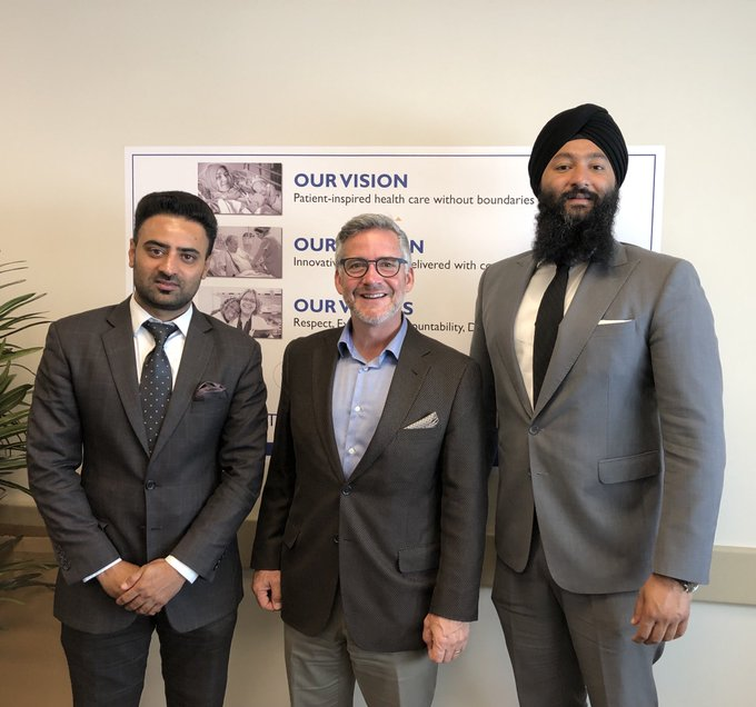 Today, I had the privilege to meet with the CEO of William Osler Dr. Brendan Carr. I look forward to working with our front-line healthcare workers and community partners in order to ensure that people in Brampton are given the healthcare they deserve. #ONpoli Photo