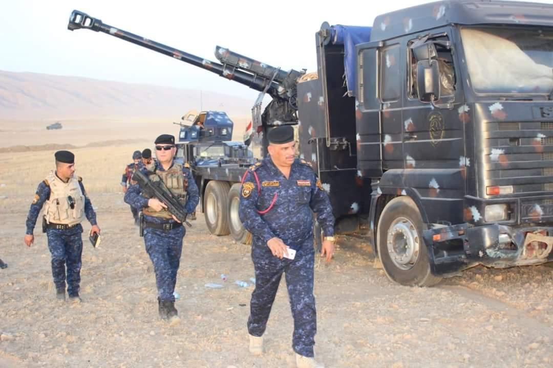 العراق يعيد للخدمه مدفعيه D-30 عيار 122 ملم محموله على الشاحنات  DiATQYMX0AEXuU9