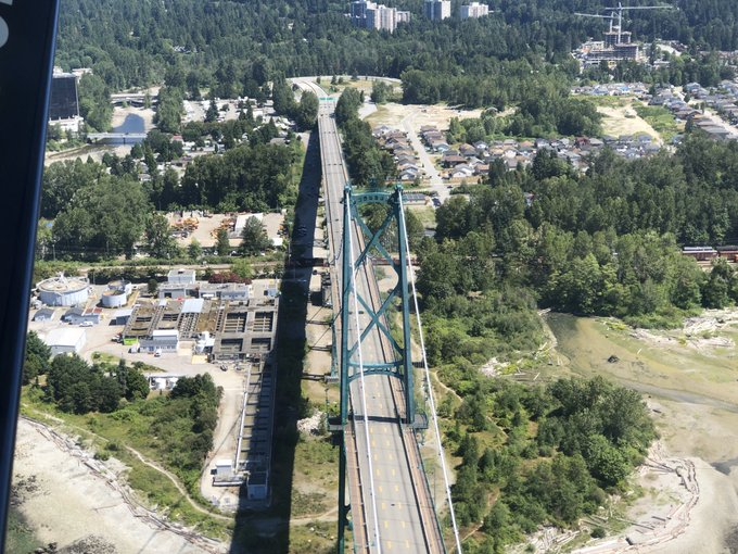 Glad to hear the #LionsGateBridge is open again. Looked like a ghost town as we flew over at 1130. Photo