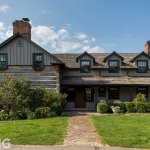 Our #BALA Home of the Week is a charming heritage farmhouse and Gold winner for Historic Preservation. Without compromising the history and character of the log farmhouse, the design blends country charm and tradition with modern luxuries. https://t.co/RNiiIdmhDn